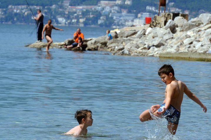 Riječke plaže mogu se pohvaliti čistim morem / Foto: M. GRACIN