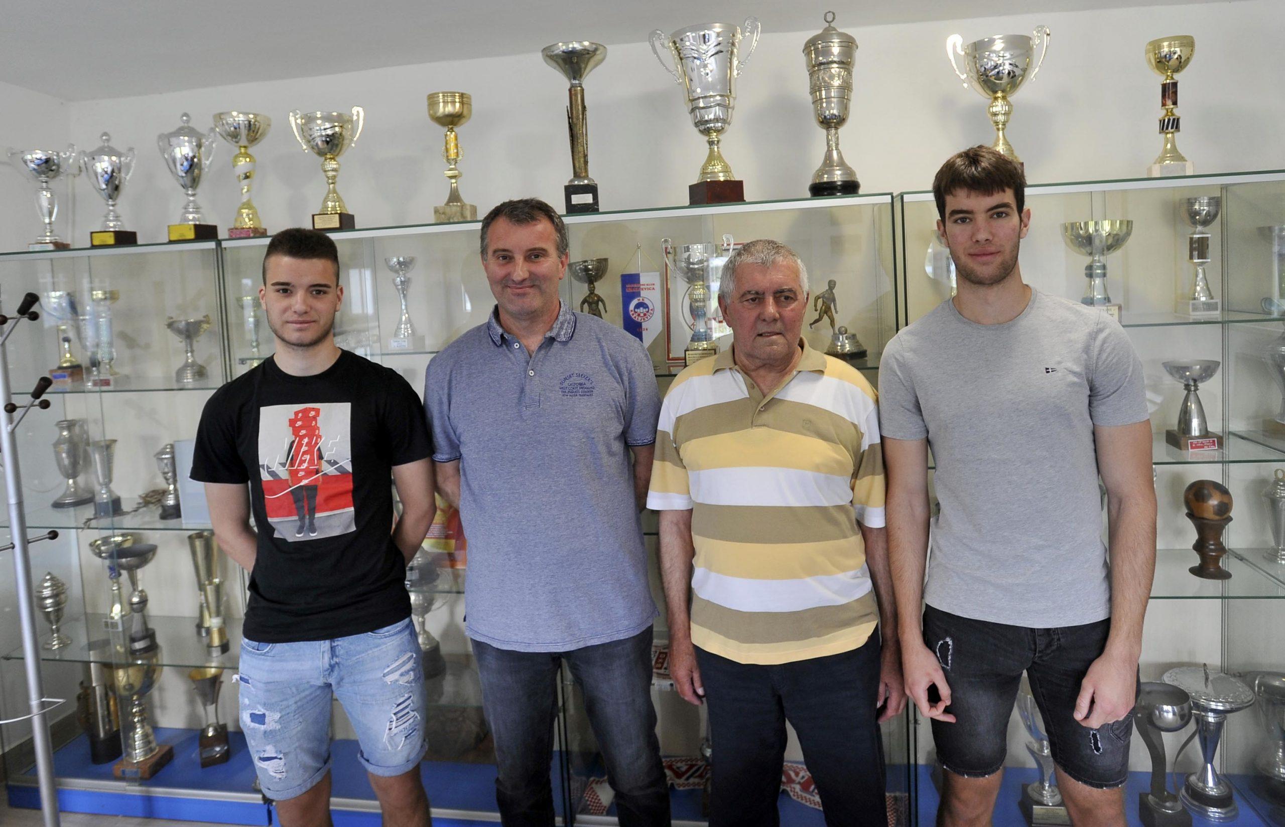Filip, Bruno, Josip i Borna Znamenaček/D. ŠKOMRLJ