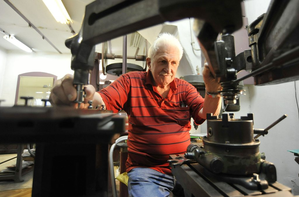 Graver Guido Relini na ovom je stroju izučio zanat i dočekao mirovinu / Foto: S. DRECHSLER