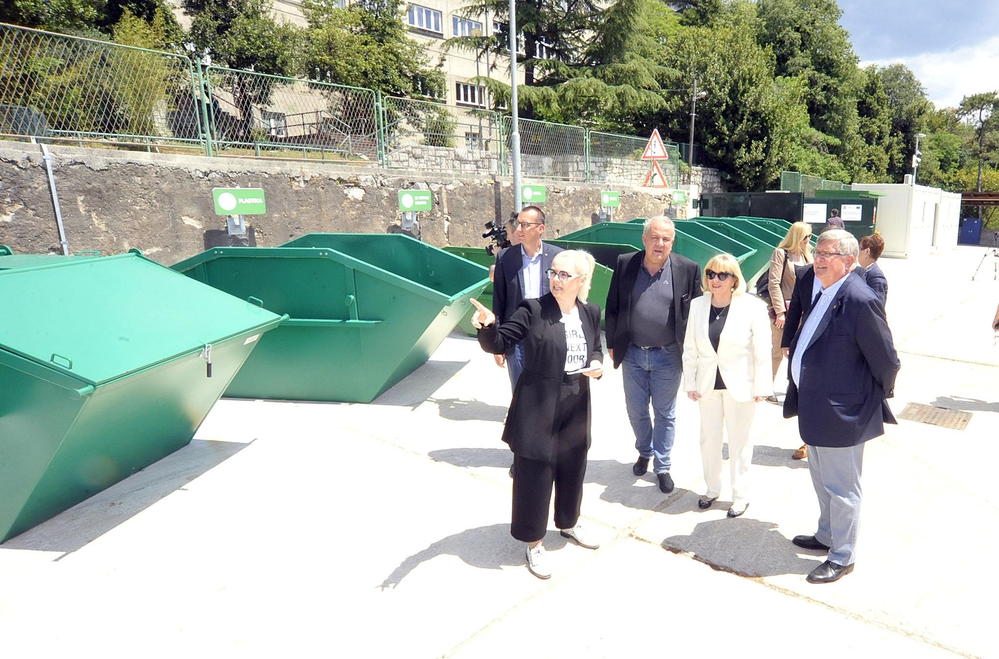 Dvorište će dodatno pridonijeti povećanju stope odvojeno prikupljenog komunalnog otpada / Snimio Sergej DRECHSLER