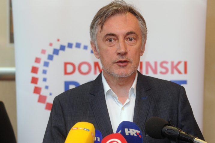 Miroslav Škoro / Foto Darko JELINEK