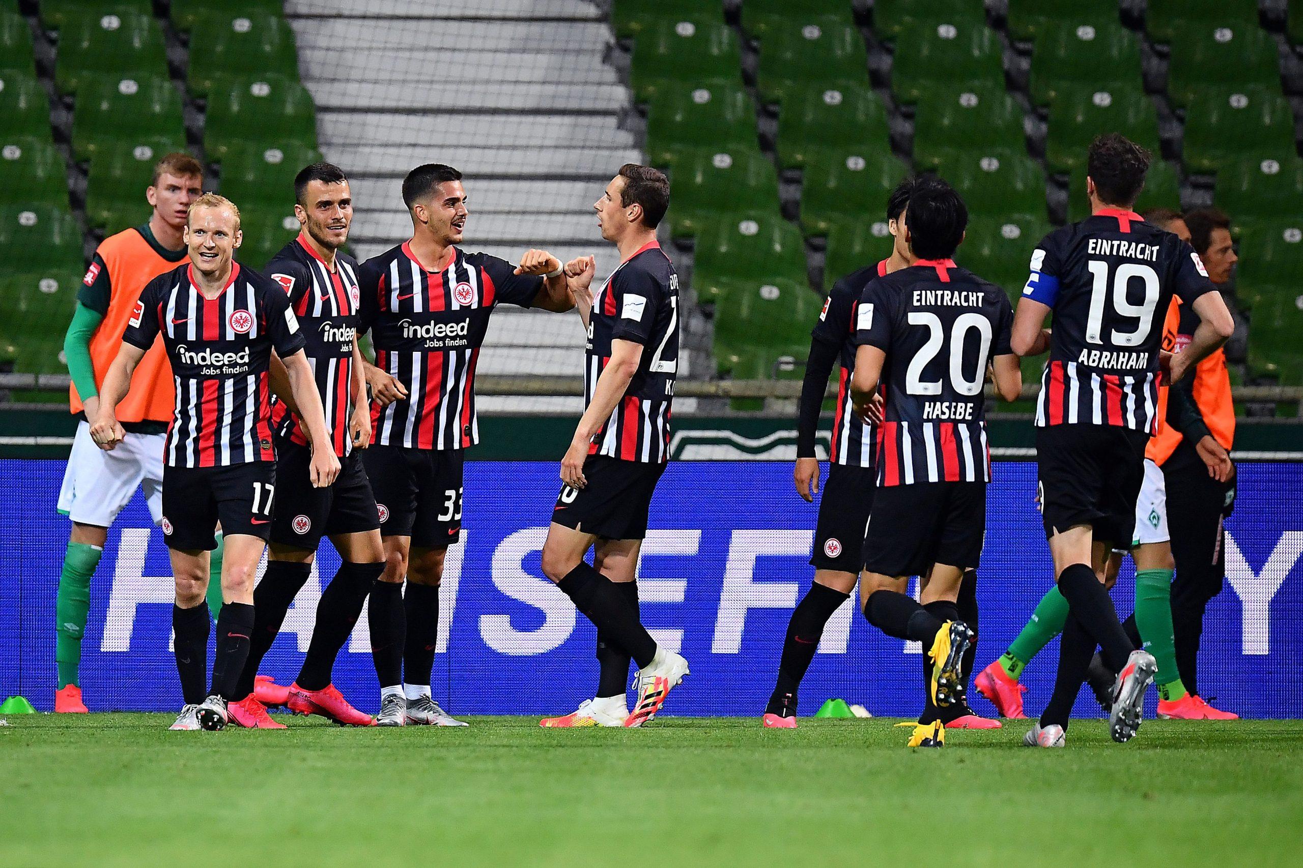 Slavlje igrača Eintrachta/Foto REUTERS