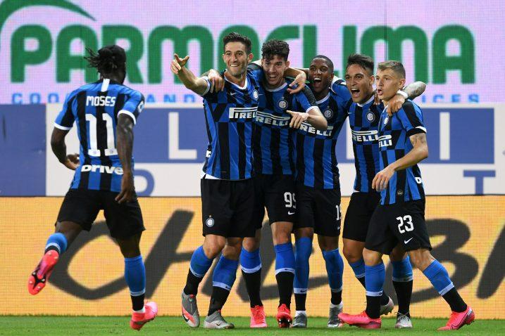 Velika radost igrača Intera nakon preokreta u Parmi/Foto REUTERS