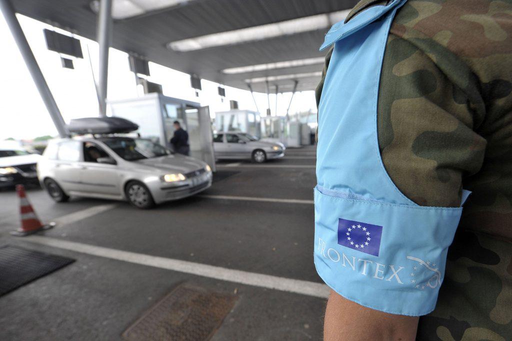"""Europska unija uvodi novu epidemiološku kartu Europe: Putovanje u """"tamnocrvenu zonu"""" treba izbjeći"""