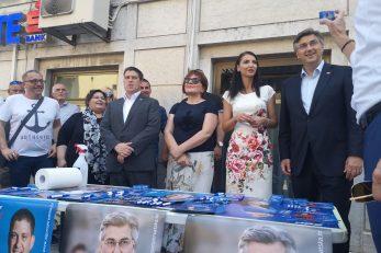 Andrej Plenković i Iva Letina u Matuljima / Snimila Marina KIRIGIN