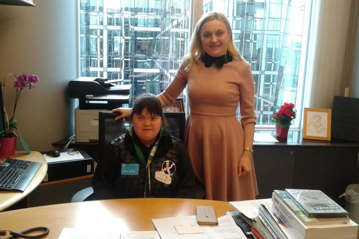 Isabella Hujić u uredu Marijane Petir