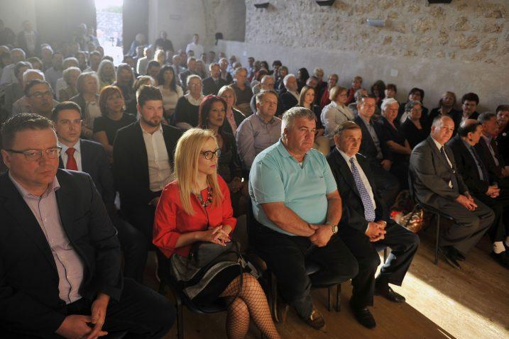 Svečana sjednica Općinskog vijeća Čavala održana je u Sokolani kaštela u Gradu Grobniku / Snimio Roni BRMALJ