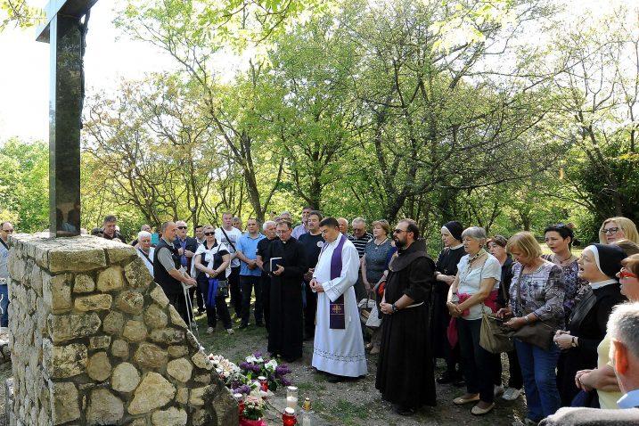 Tradicionalni pohod na mjesto pogubljenja / Snimio Sergej DRECHSLER