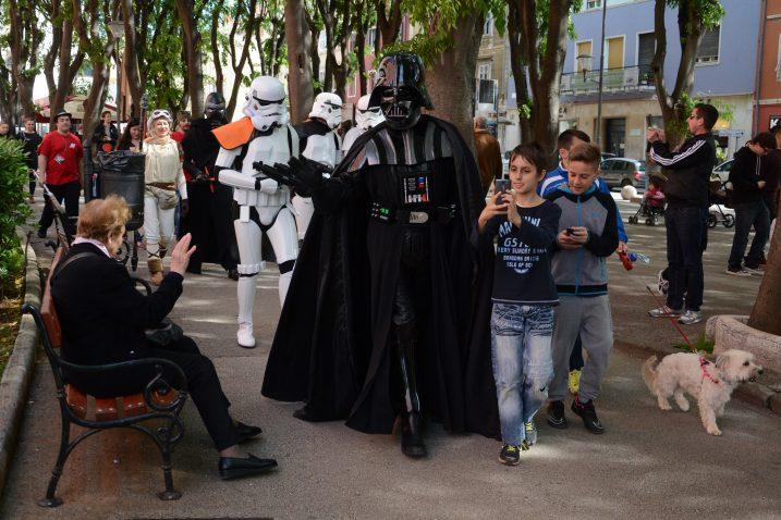 Darth Vader i Stormtrooperi oduševili Puljane u centru grada / Snimio D. Memedović