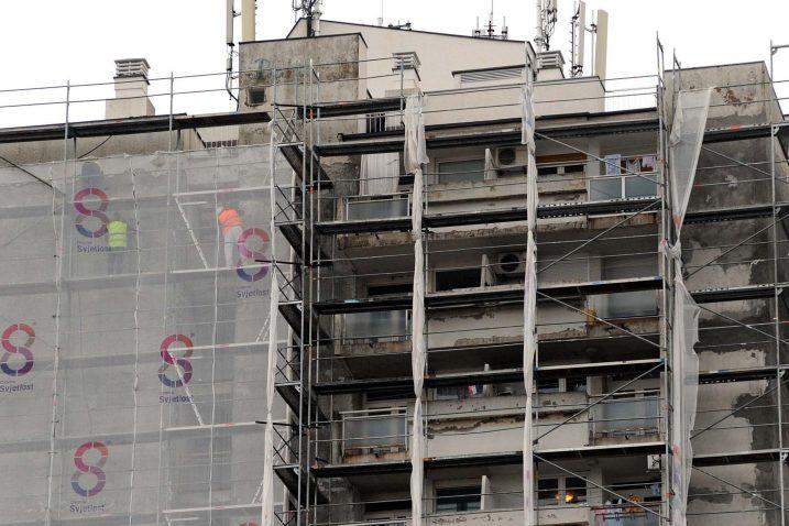 Proizvodnja i upotreba azbestnog materijala u Hrvatskoj je zabranjena od 2006. godine / Foto Vedran KARUZA