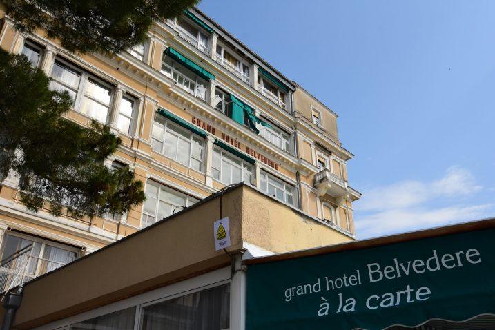 Stradanje stranog turista na balkonu hotela čini se kako je zapečatio sudbinu sada već oronulog i potpuno devastiranog hotela / Snimio Marin ANIČIĆ