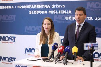 Marija Selak Raspudić i Nikola Grmoja / Foto Patrik Macek/PIXSELL