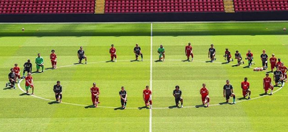 Igrači Liverpoola odali su počast Floydu na treningu/Foto Instagram