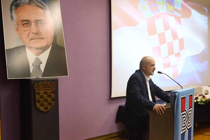 Foto I. Tomić