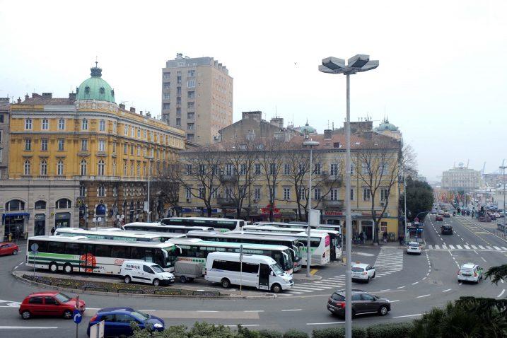 Autobusni kolodvor - ruglo grada na Rječini, Foto: M. GRACIN