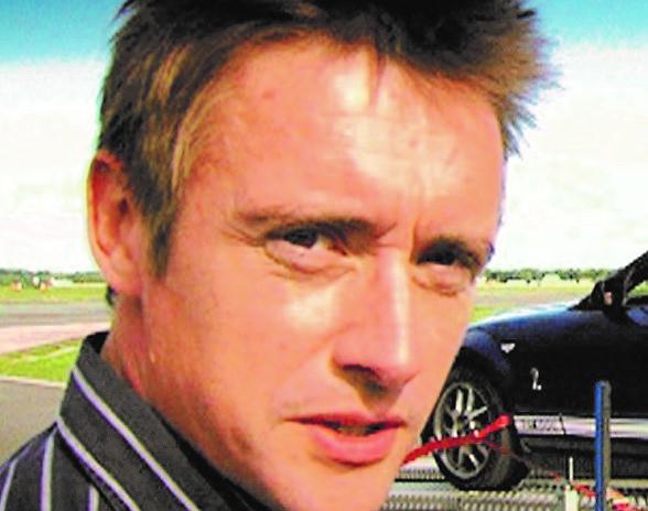 Richard Hammond uspio se izvući iz zapaljenog vozila s prijelomom koljena i »pri svijesti je i razgovara«