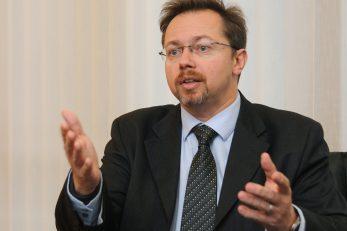 D. Jelinek