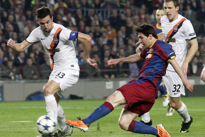 USKORO SUIGRAČI? – Darijo Srna u duelu s Lionelom Messijem prije pet godina / Reuters