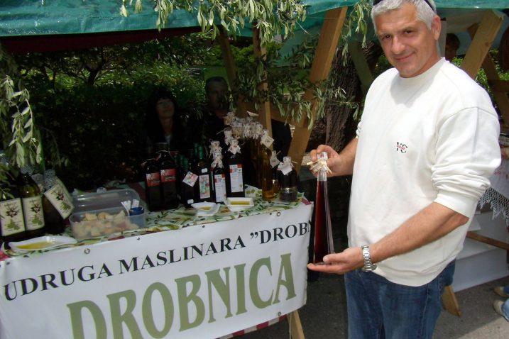 Širokim društvenim angažmanom Goran Marević uvrstio se u red »otočnih zaslužnika« / arhiva NL