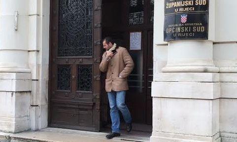 Robertu Kneževiću sudi se za pronevjeru i neplaćanje poreza / Foto Fiore VEŽNAVER