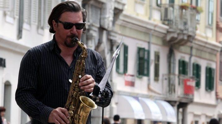 Denis Razumović Razz