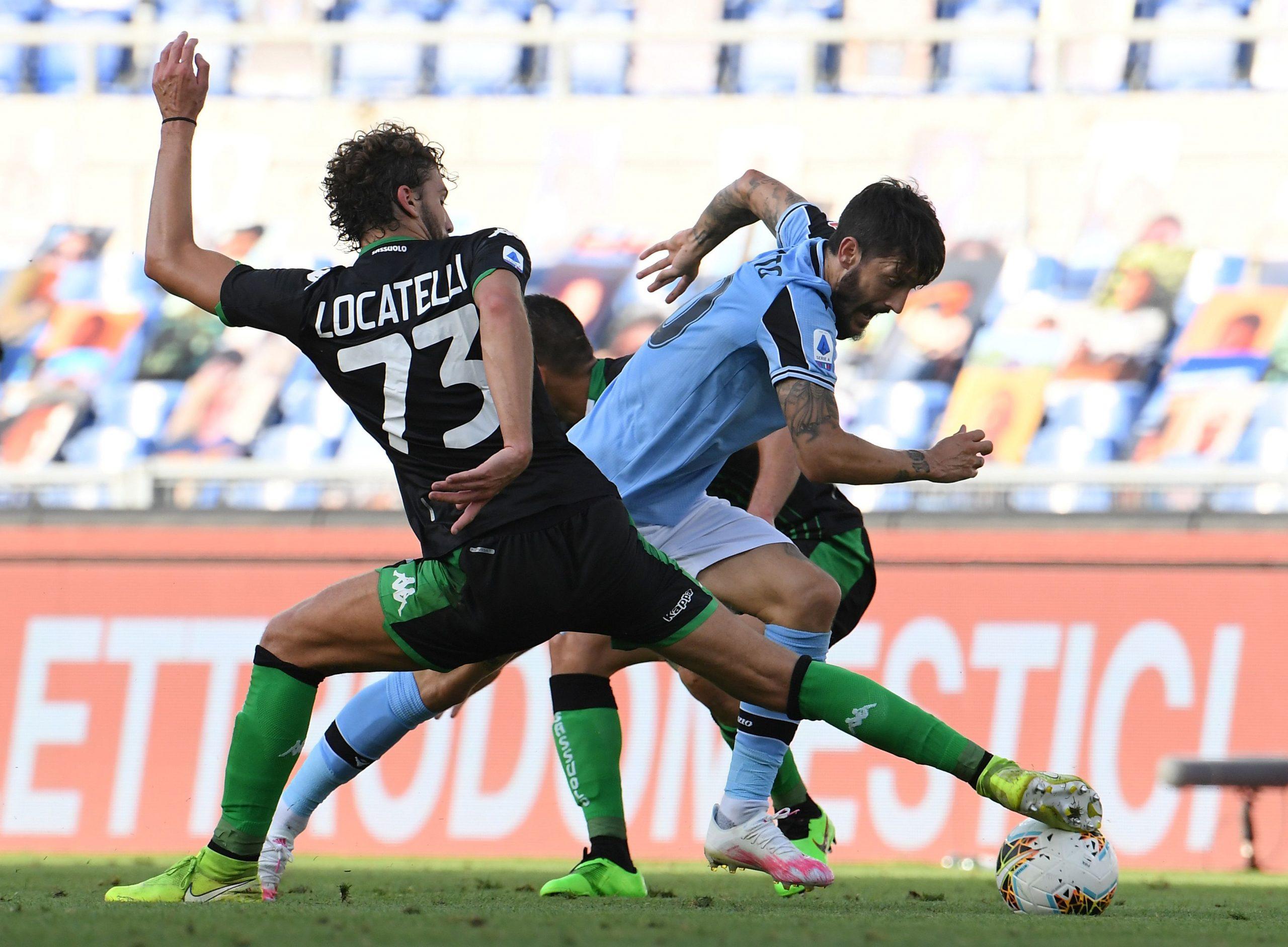 Luis Alberto (Lazio) i Manuel Locatelli (Sassuolo)/Foto REUTERS