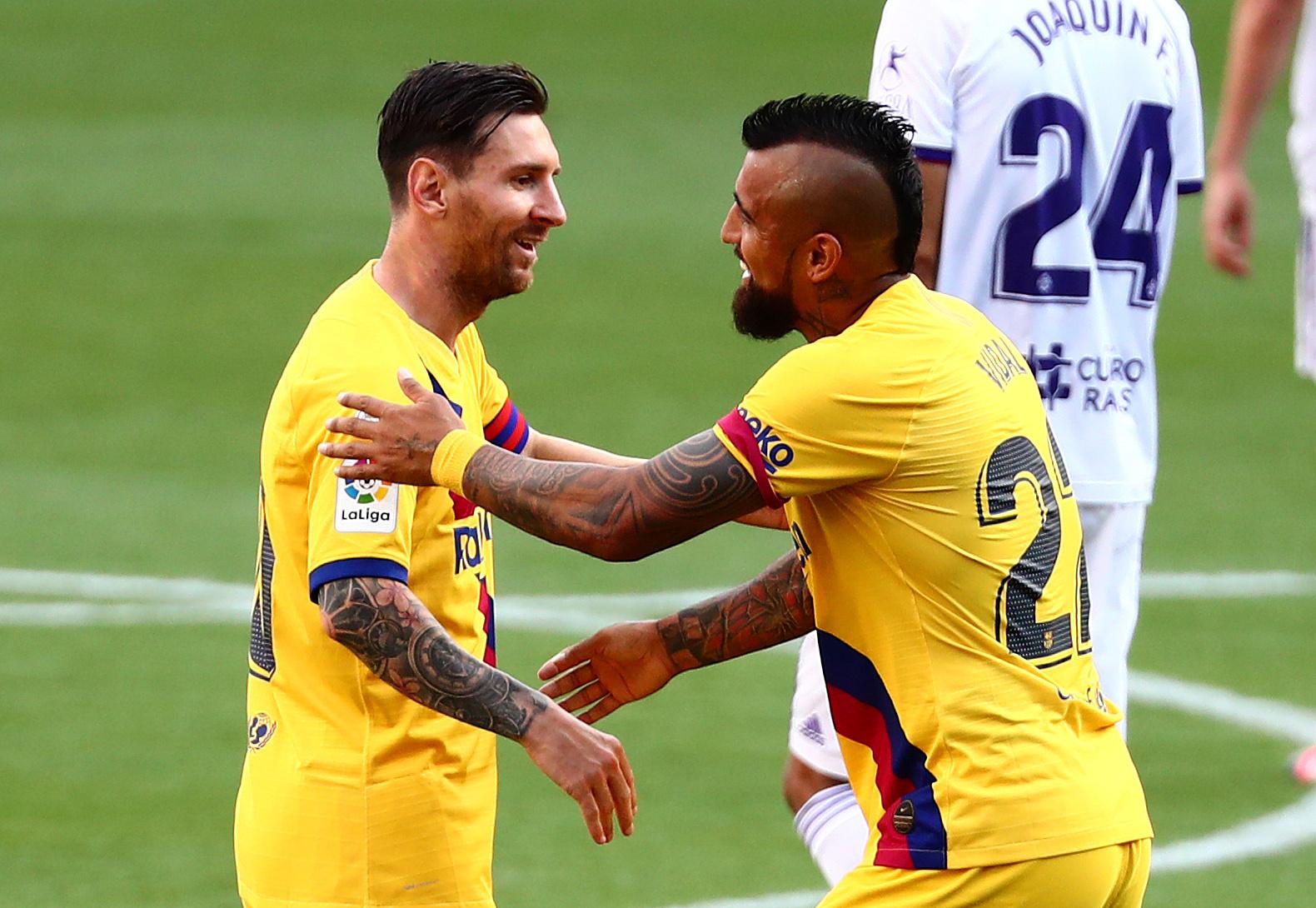 Leo Messi i Arturo Vidal/Foto REUTERS