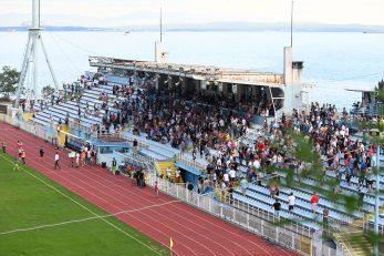 Stadion na Kantridi tijekom ogleda Opatije i Mladosti iz Petrinje/Foto Arhiva NL