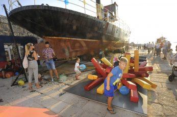 Novo dječje igralište nalazi se pored istoimenog broda bogate povijesti / Snimio Sergej DRECHSLER
