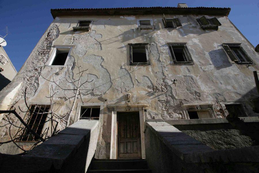 Nekad ruševina / Foto Damir Krizmanić