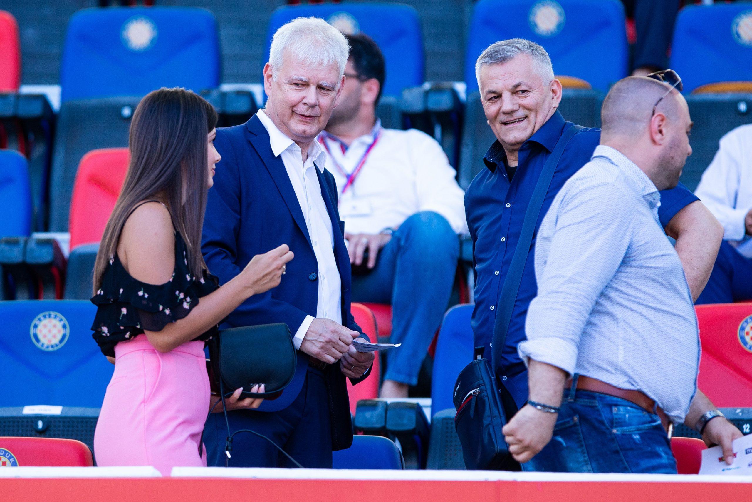 Marin Brbić i Ivan Gudelj u loži uoči početka utakmice s Osijekom/Foto PIXSELL
