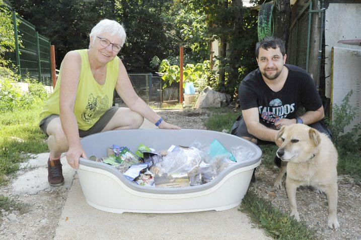 Došli iz Njemačke samo na jedan dan da bi pomogli - Ulrike i Frank Wannenmacher / Snimio Sergej DRECHSLER