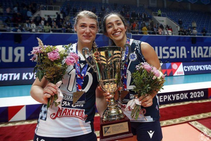 Samanta Fabris s trofejom