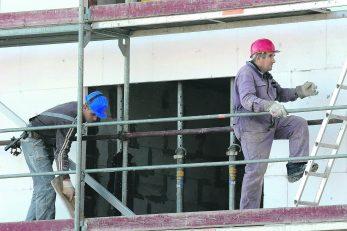 Građani sredstva najčešće žele uložiti u postavljanje toplinske izolacije i zamjenu stolarije / Foto S. DRECHSLER