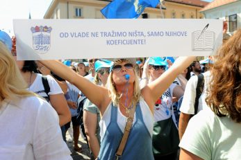 Prosvjetari su i velikim prosvjedima od Vlade tražili povećanje koeficijenata / Snimio Darko JELINEK