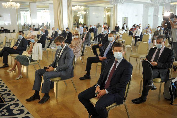 Financijaši i poduzetnici na nedavnom skupu Hrvatsko tržište novca govorili su o gospodarstvu u razdoblju krize / Foto R. BRMALJ