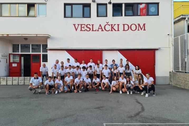 Članovi i članice Jadrana