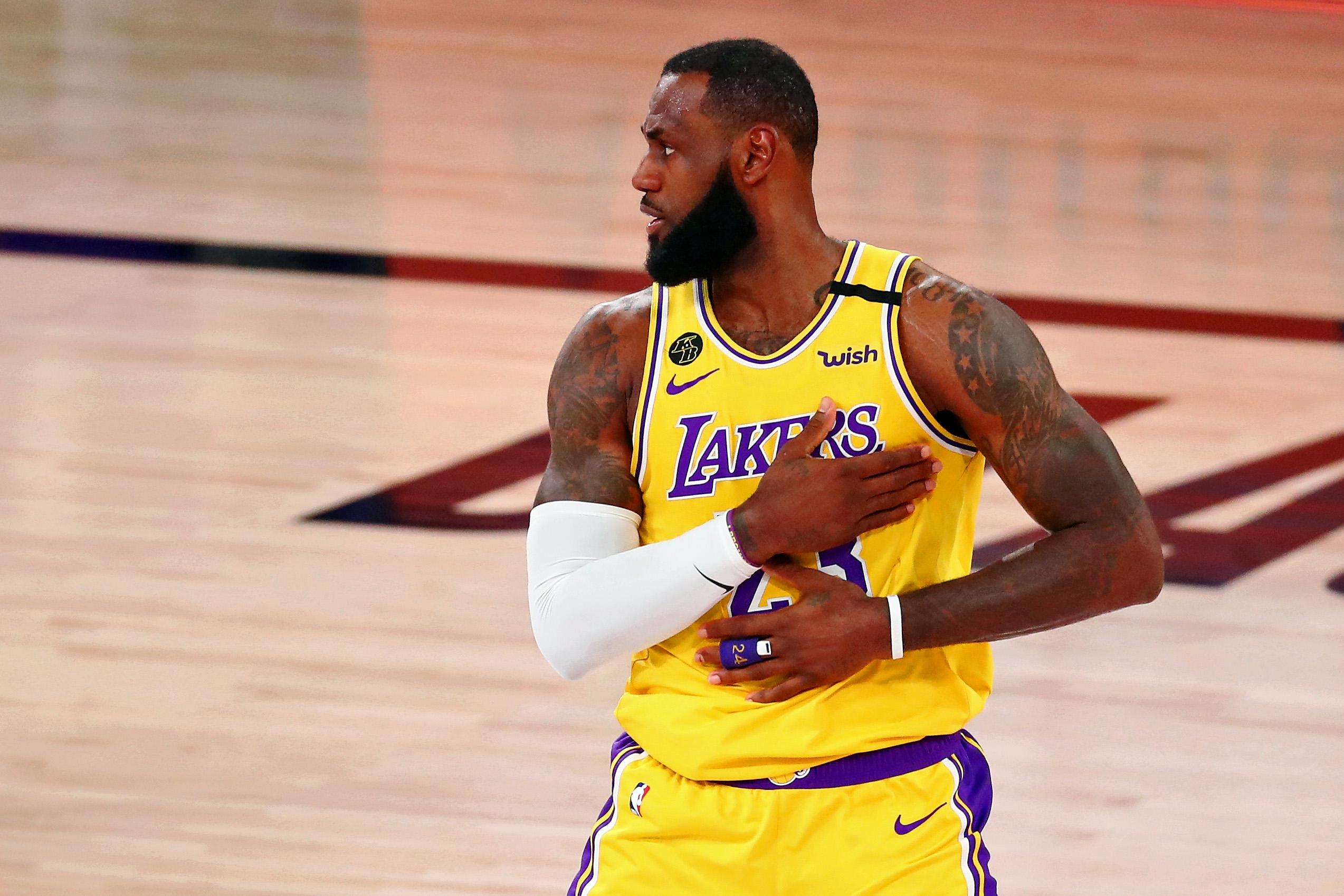 Lakersi s LeBronom Jamesom imaju status favorita/Foto REUTERS