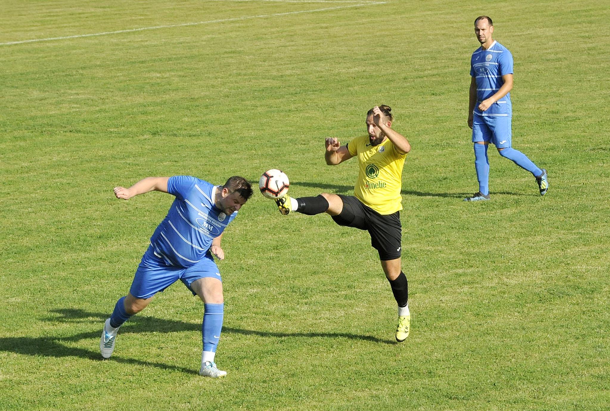 Renato Lučić (Klana) i Mateo Baričević (Lošinj)/Foto S. DRECHSLER
