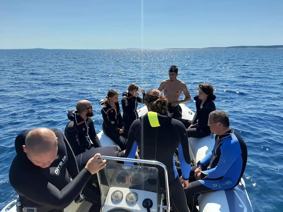 humanitarno ronjenje