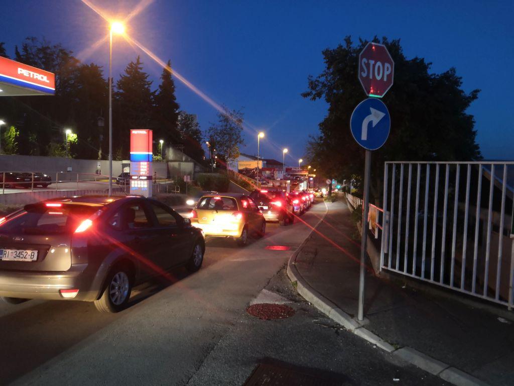 Čvor Škurinje gdje se preusmjerava promet prema centru / Snimio Vladimir Mrvoš