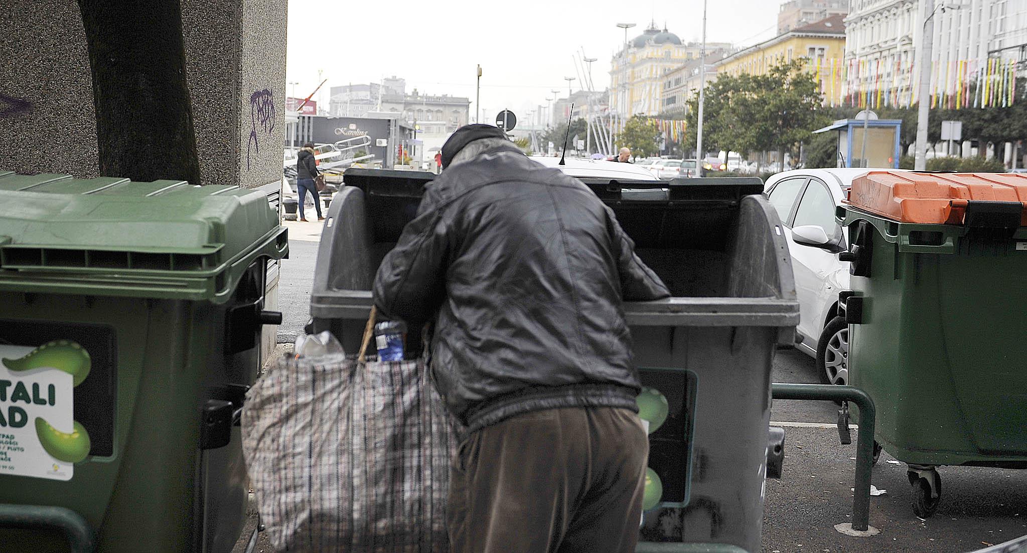 Prizor na gradskim ulicama koji više nije rijetkost / Foto Ivica TOMIĆ Arhiva NL