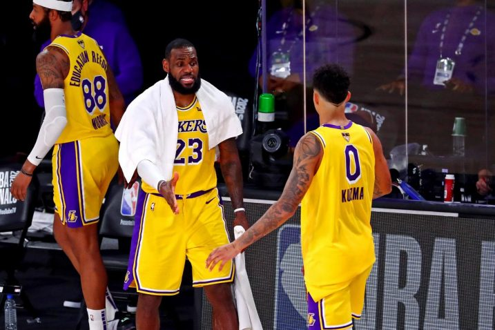 LeBron James i Kyle Kuzma/Foto USA TODAY Sports