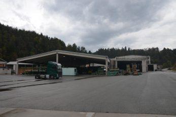 Velika obnovljena pilana »Cedra« ne radi, hale su prazne / Foto M. KRMPOTIĆ
