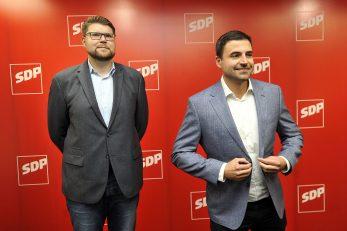 Peđa Grbin i Davor Bernardić / Foto: D. KOVAČEVIĆ