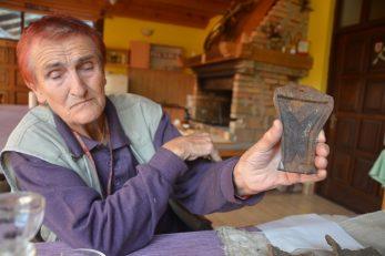 Vesna Delak Merle ovog je ljeta poljoprivredne radove kombinirala s arheološkim / Snimio Marinko KRMPOTIĆ