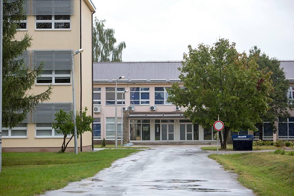 OŠ dr. Jure Turić u Gospiću