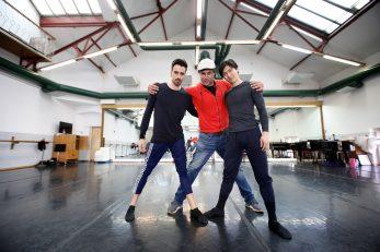 Baletani Guilherme Gameiro Alves i Takuya Sumitomo s Leom Mijićem / Foto: Boris Scitar/Vecernji list/PIXSELL