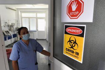Ako epidemija zastane na postojećim brojkama, kapaciteti riječkog KBC-a bit će dovoljni za liječenje oboljelih od COVID-19 / Foto D. ŠKOMRLJ
