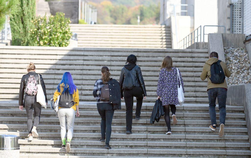Korona u Rijeci udvostručila broj studenata sa suicidalnim mislima. Stručnjaci: 'Strah nas je što će biti dalje'